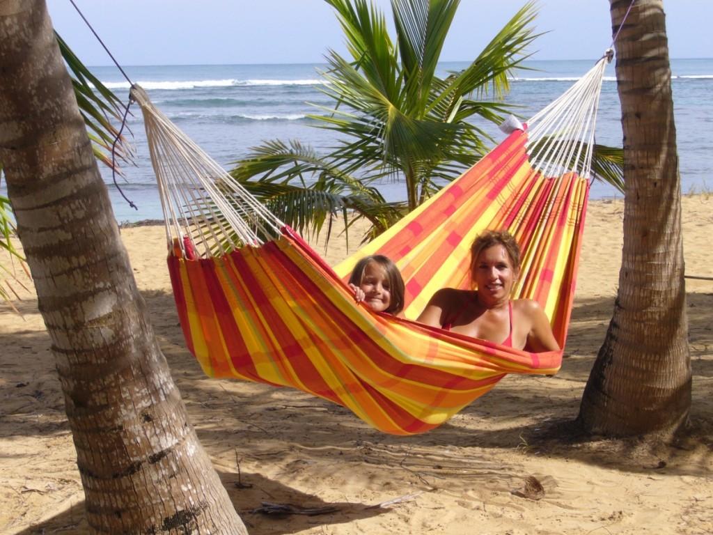 Wir nützen eine Hängematte hauptsächlich in der Freizeit und im Urlaub, in anderen Gegenden ist sie für mehr als 100 Millionen Menschen der Schlafplatz.