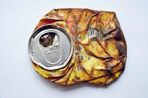 Das heißt, dass wir als Aluminiumkonsumenten einen Beitrag zur Umweltzerstörung leisten!