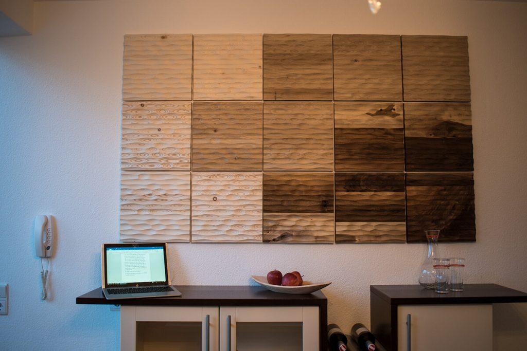 Unsere Wandverkleidung aus Echtholz ist der neue, exklusive Höhepunkt ihres Zuhauses.
