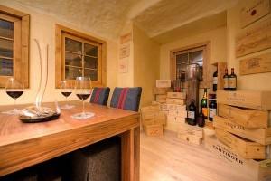In diesem Weinkeller ist der Wein bestens gelagert!