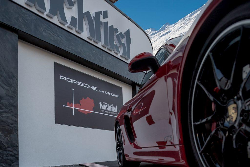 Porsche meets Hotel Hochfirst beim Porsche fahren in den Bergen im Ötztal.