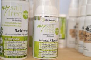 Die 4betterdays Naturkosmetik ist reichhaltig an Bio-Öle, Vitaminen und Antioxidantien