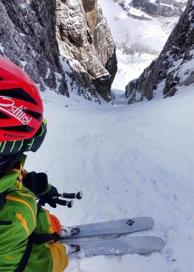 Skifahren zwischen steilen Felsenwänden. Garantiert nicht für jedermann.