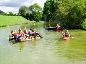 Zu einem modernen Abenteuerurlaub gehört auch eine spektakuläre Canyoning-Tour. (c) Bild: Adventure Club Kössen