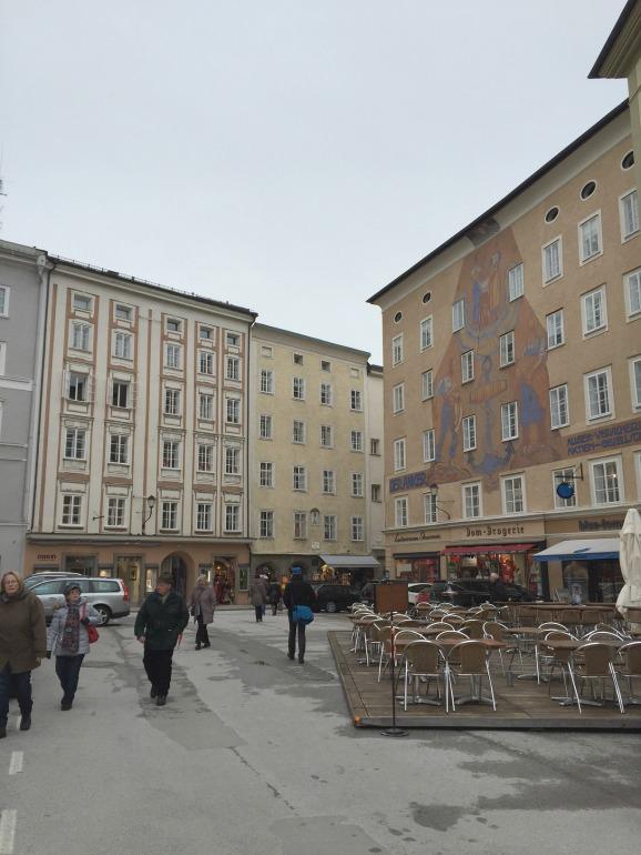 Ansicht des Waagplatz in Salzburg