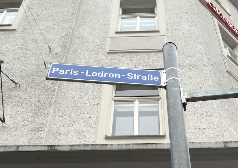 Straßenschild Paris-Lodron-Straße