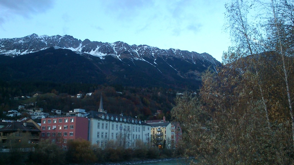 Die Innsbrucker Nordkette im Hintergrund