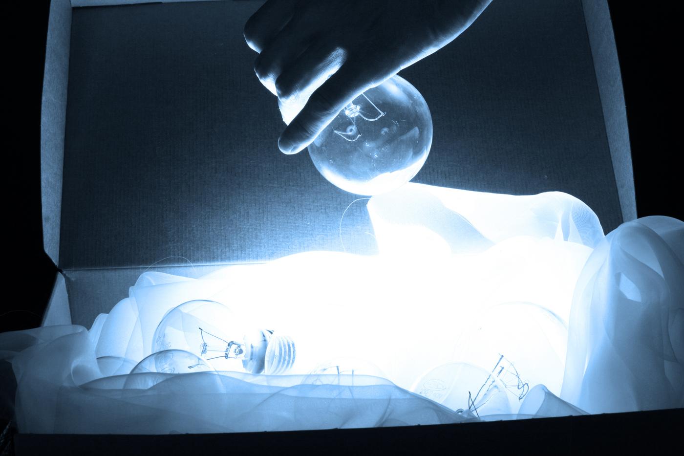 Eine Möglichkeit der Therapie ist künstliches Licht