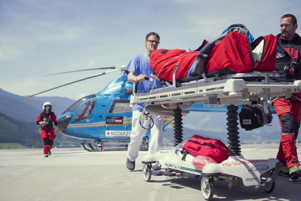 Die Notfallversorgung durch den Hubschrauber trägt auch zur Versorgungssicherheit in Tirol bei.