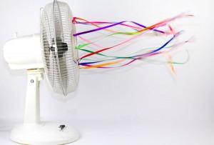 Der Ventilator im Büro läuft seit 8.00 Uhr