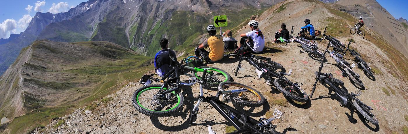 Im Urlaub Mountainbiken mit herrlichem Ausblick? Am besten in Ischgl! (Bild: TVB Ischgl)