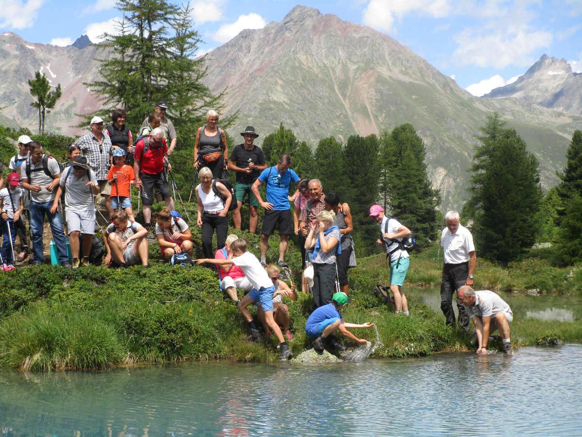 In Ischgl kann man herrliche Bergseen besuchen