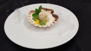 """Martin Sieberer: Wunderschön und schmackhaft: So lässt sich die Küche in der """"Paznauner Stube"""" im Trofana Royal beschreiben."""