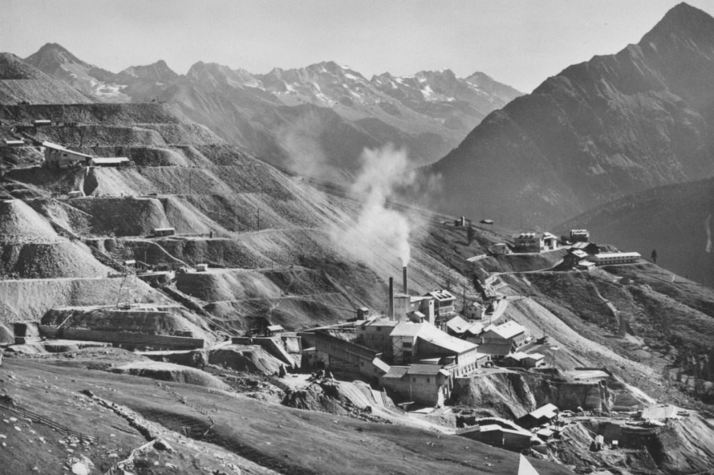 So sah das Magnesitbergwerk Tux zu seiner aktiven Zeit aus, als der Bergbau im Zillertal noch florierte.