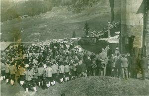 Einweihung des Magnesitwerks im Mai 1927. (c) Archiv Franz Berger
