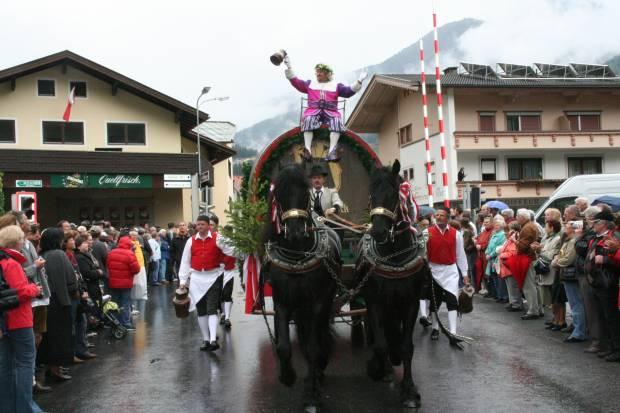Das Gauder Fest: Gambrinus zieht ein.