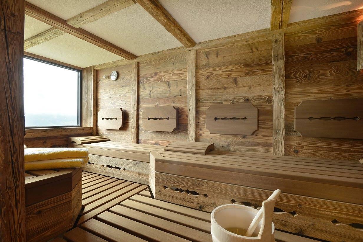 Jetzt, da der Sommer langsam zu Ende geht, in die Sauna gehen. Ja, unbedingt!