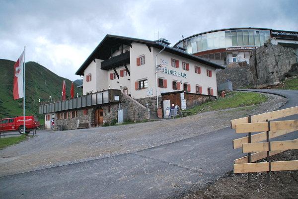 Vielleicht stattet ihr bei euren Abenteuern der Kölner Hütte einen Besuch ab?