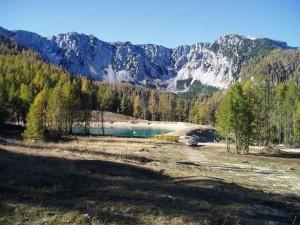 Die Karawanken prägen das Landschaftsbild.
