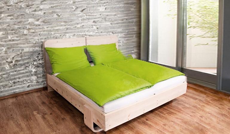 """Ein Bett aus Zirbenholz oder doch lieber ein """"Wegwerfbett"""" von Ikea?"""