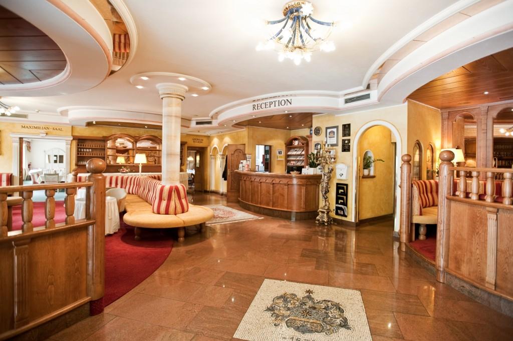 Die Lobby des Leipziger Hofes. Freundliches Wohnzimmer, das jedem der es betritt, ein vertrautes Gefühl vermittelt.