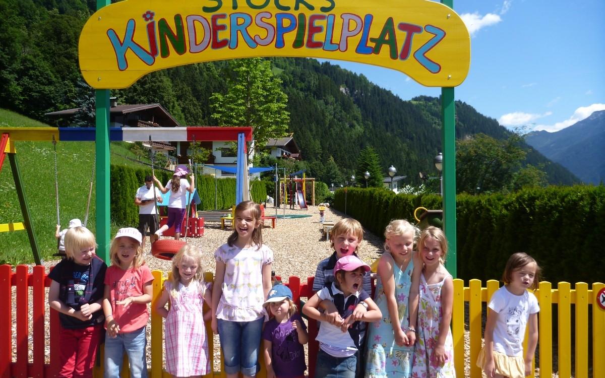 Am Kinderspielplatz des Stock Resorts laufen die Kleinen zur Hochform auf.
