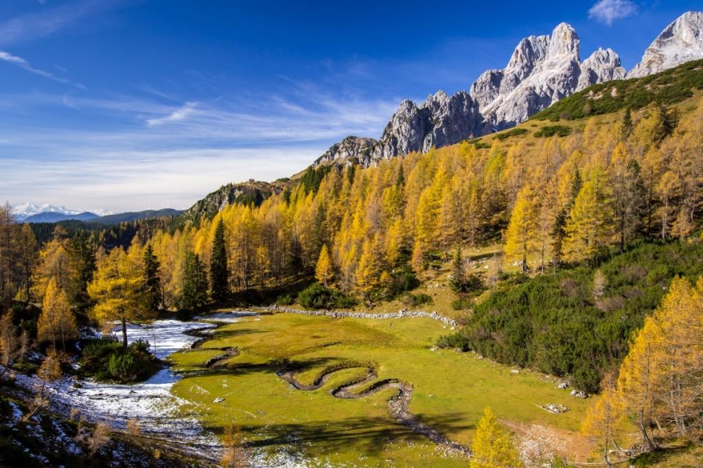 Wer landschaftliche Schönheit sucht, kann dabei auch einen Kraftplatz finden, so wie hier am Kaserboden in Filzmoos.