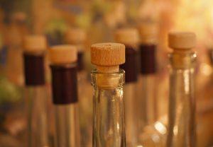 https://pixabay.com/de/flaschen-getränke-korken-alkohol