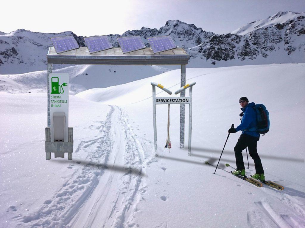 Eine der zahlreichen Servicestation in der Umgebung von Tux-Finkenberg für E-Tourenski. Stromtankstelle mit umweltfreundlichem Solarstrom sowie Werkzeug für kleine Reparaturen.