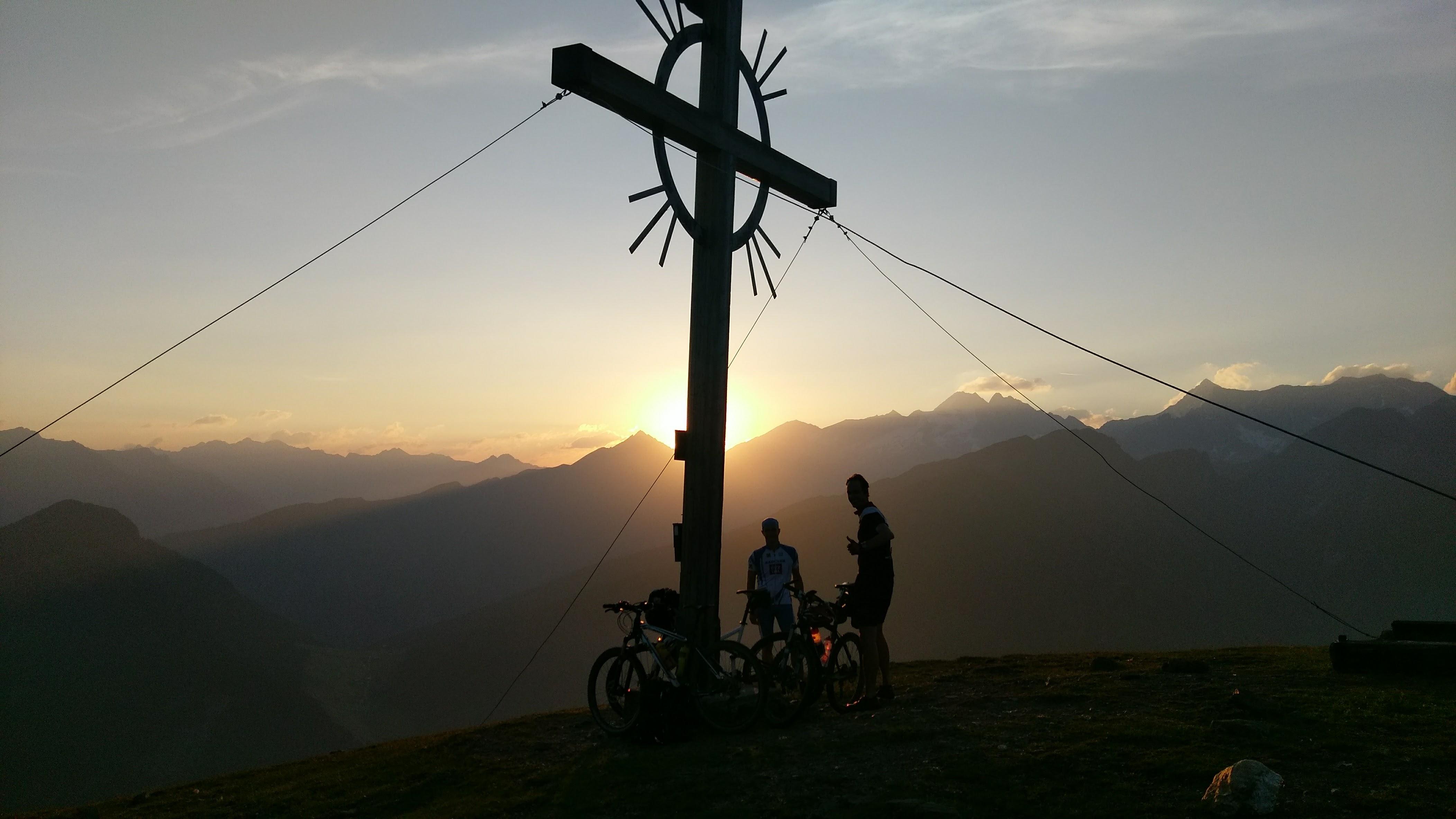 Sonnenaufgang am Sattelberg