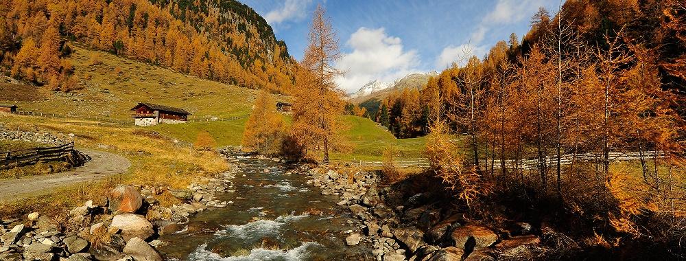 Das Defereggental ist im Herbst einer der schönsten Orte zum Wandern, den man sich aussuchen kann!